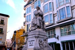 Tour Paseo del Prado and Barrio las Letras